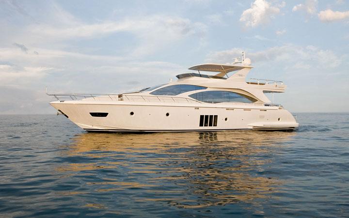 62 Azimut' Yacht Rental Miami