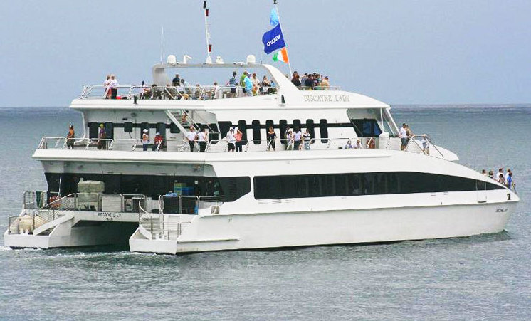 115 39 cayla yacht rental miami prime luxury for Miami fishing party boat