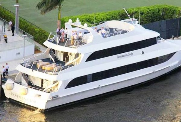 130' Latin Yacht Rental Miami