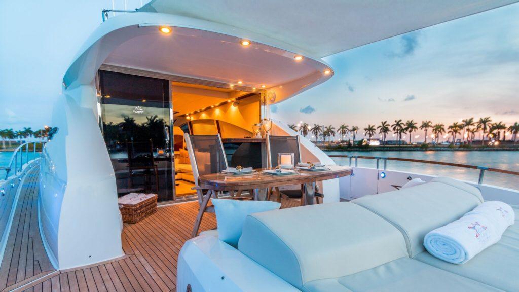 75' Lazzara LSX Yacht Rental Fort Lauderdale