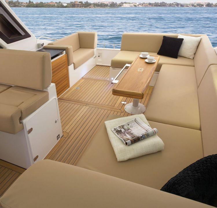 Sealine 40 Boat Rental Miami