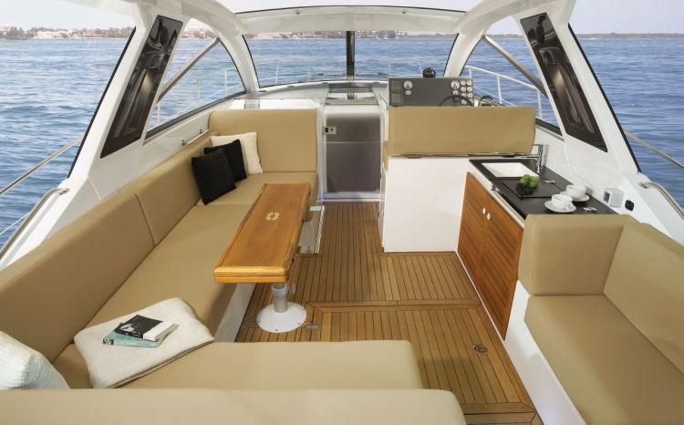 Sealine 40 Interiror Boat Rental Miami