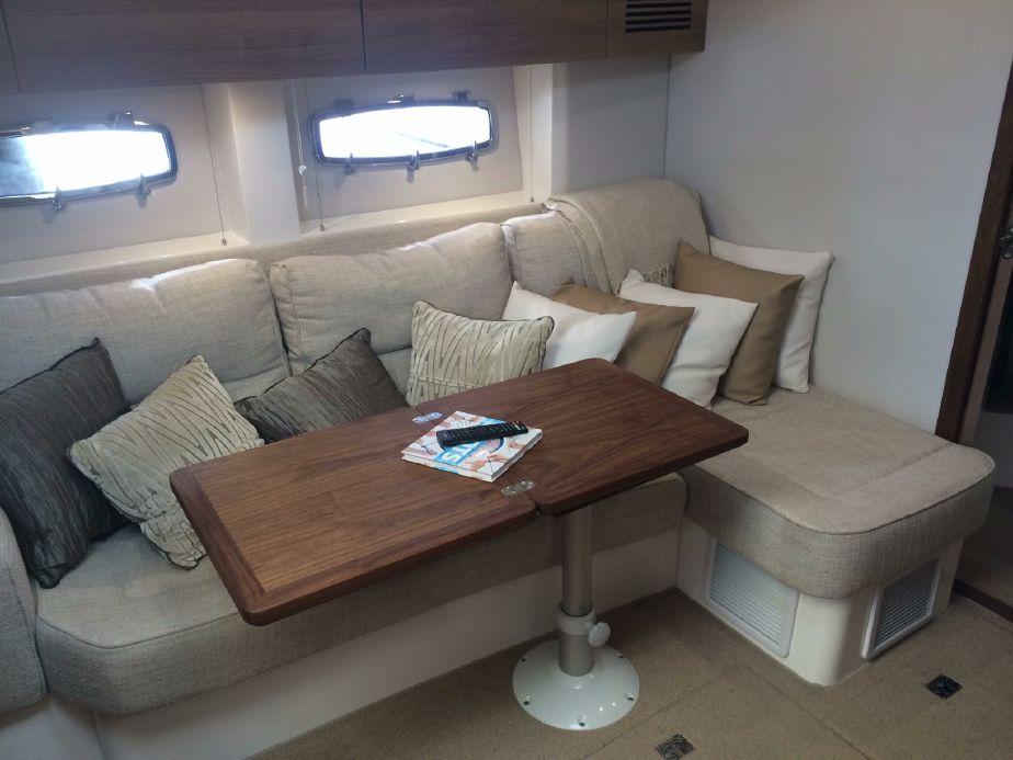 Sealine 40 Interiror Yacht Rental Miami