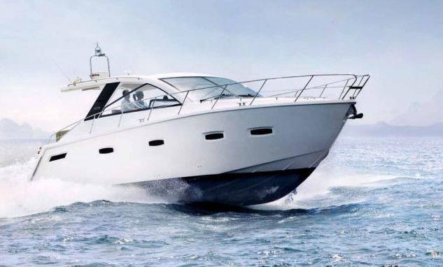 Sealine 40 Luxury Yacht