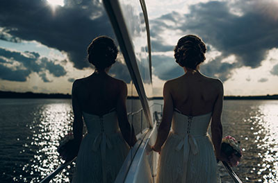 bride-in-yacht-miami