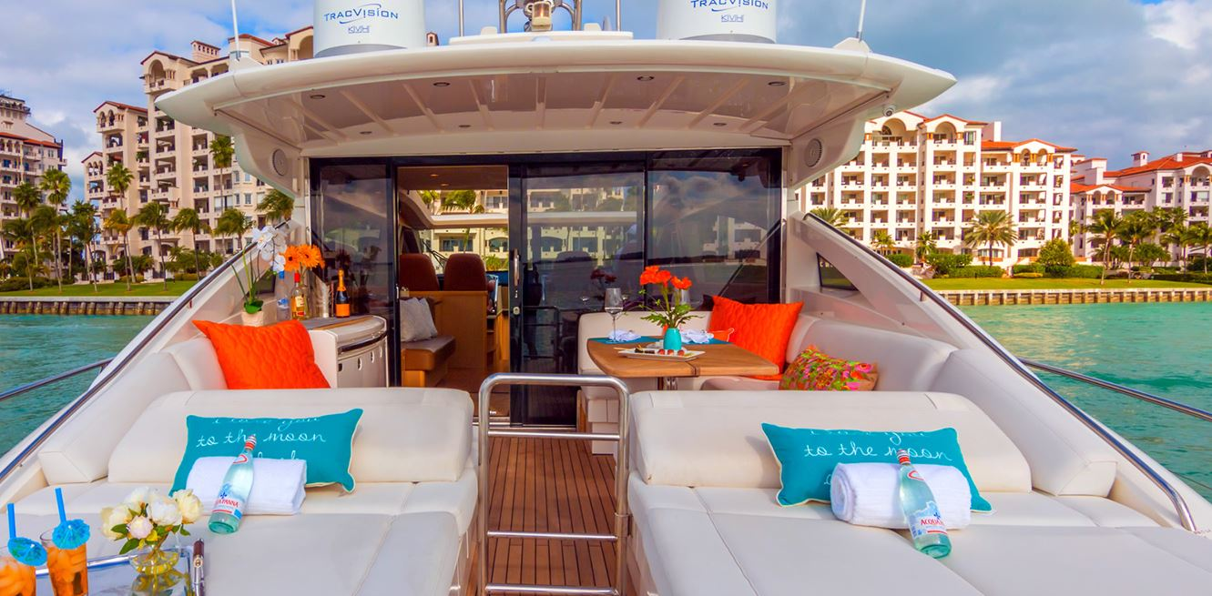 5 charter boat destinations from miami prime luxury for Miami fishing party boat